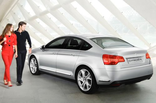 Citroen C5 Saloon New and Updated Pics