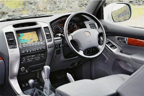 Toyota Landcruiser 5dr 4.5 V8 D-4d Auto
