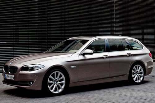 BMW 5 Series Touring Exterior