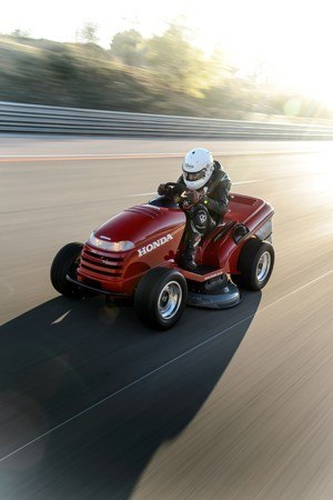The Mean Mower: Built by Honda and smashing a Guinness World REcord
