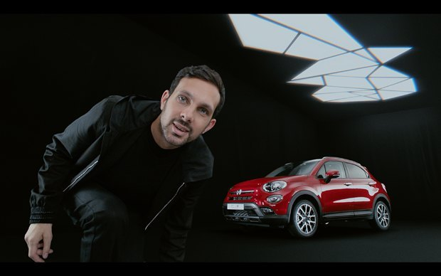 FIAT has partnered with famous magician Dynamo to pre-sell the Fiat 500X