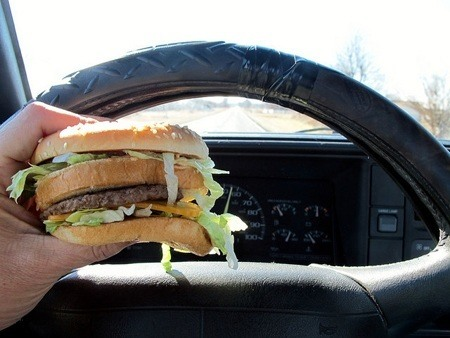 Eating in car - not a good idea