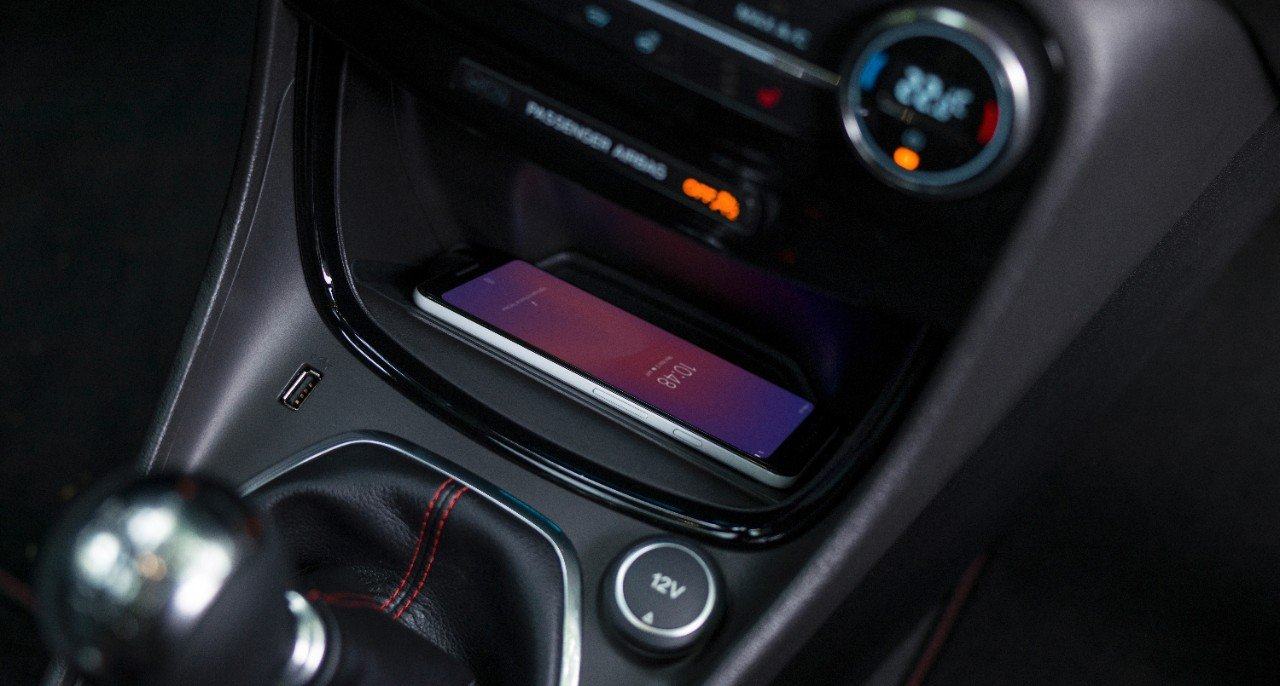 Wireless smartphone charging pad in 2019 Ford Puma