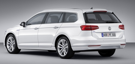 Back view of the new VW Passat GTE