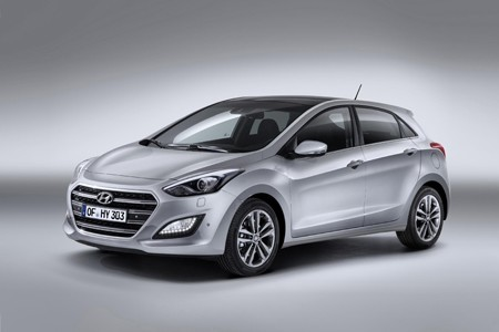 HYUNDAI i30 in the Studio