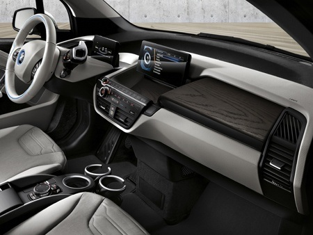 Interior of the new BMW i3 94Ah