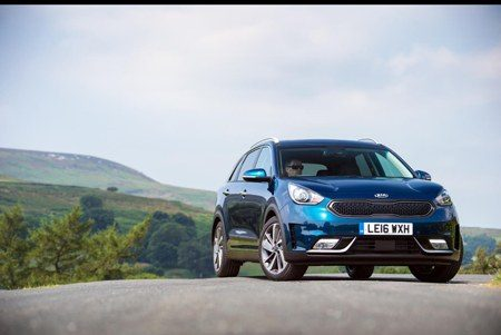 Kia Niro takes to the hills