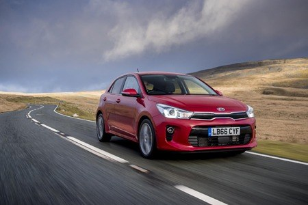 Kia Rio First Edition 1.0 T-GDi on the road
