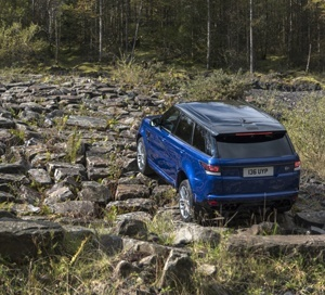 Range Rover Sport TVR in rock crawl mode