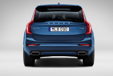 The Volvo XC90 R-Design Back View