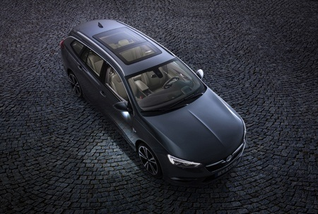 The all-new Vauxhall Insignia Sports Tourer overhead view
