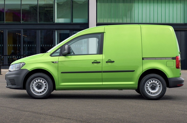 The new 2018 Volkswagen Caddy side view
