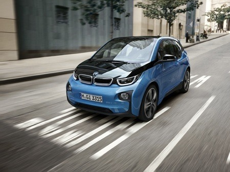 The new BMW i3 94Ah on the road