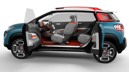 The new Citroen C-Aircross Concept Opening Doors