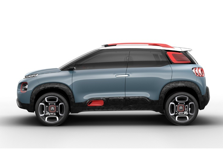 The new Citroen C-Aircross Concept side view