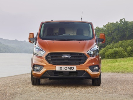 The new Ford Transit Custom commercial vehicle front view