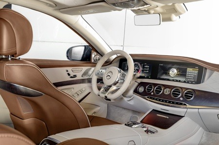 The new Mercedes-Benz S Class dashboard