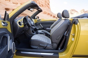 The new VW Beetle Dune Cabriolet Interior