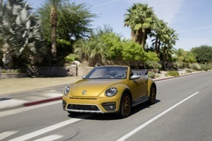 The new VW Beetle Dune Cabriolet on the road