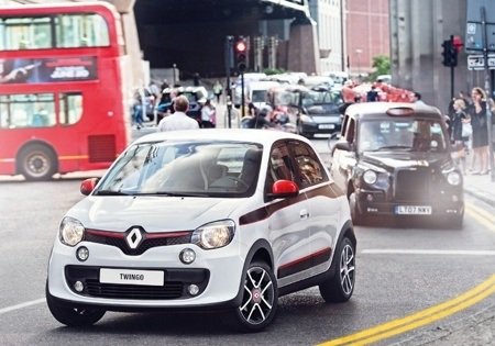 The all-new RenaultTwingo is perfect for urban traffic