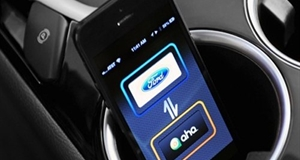 Ford Makes Social Media Connectivity Safer and Easier