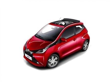 toyota aygo funroof hatchback special editions car leasing. Black Bedroom Furniture Sets. Home Design Ideas