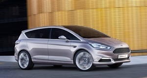 Ford Reveals S-Max Vignale in an Italian Job