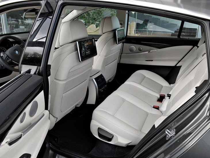 BMW 5 Series Gran Turismo  Interior Back