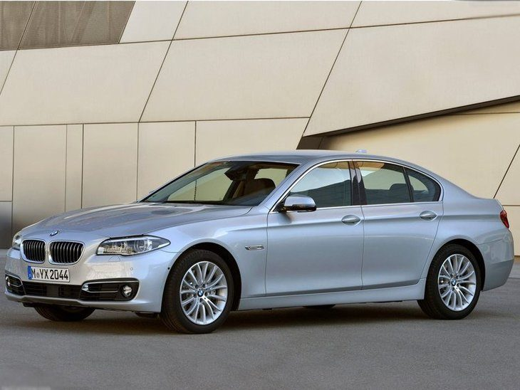 BMW 5 Series Saloon Silver Exterior Side