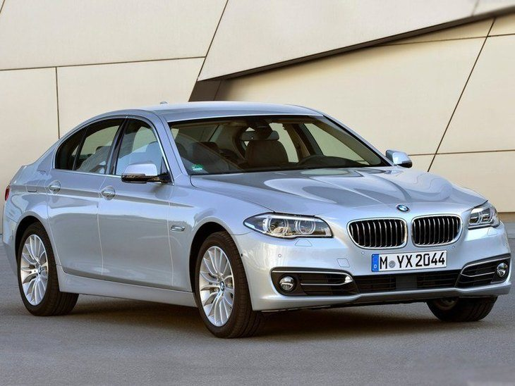 BMW 5 Saloon Silver Exterior Front