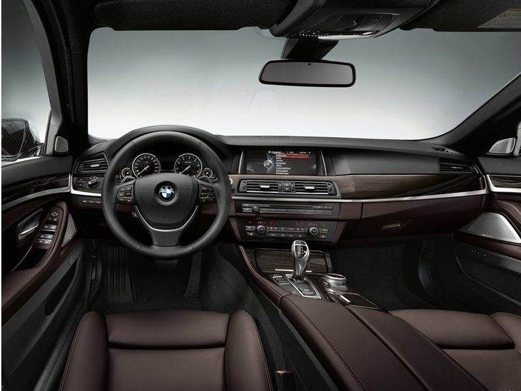 BMW 5 Series Saloon Interior Front