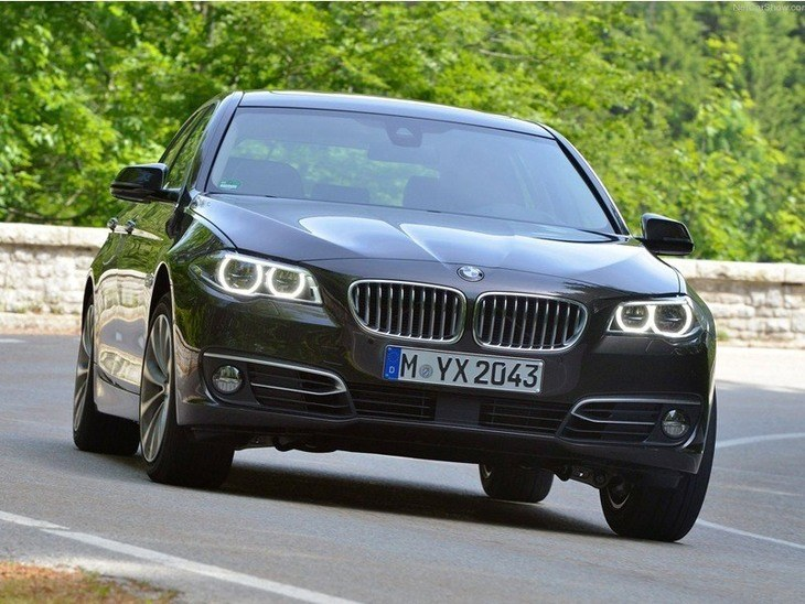 bmw 5 series touring 540i xdrive m sport 5dr auto car. Black Bedroom Furniture Sets. Home Design Ideas