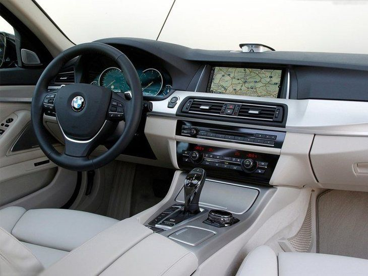 BMW 5 Series Touring Interior Front