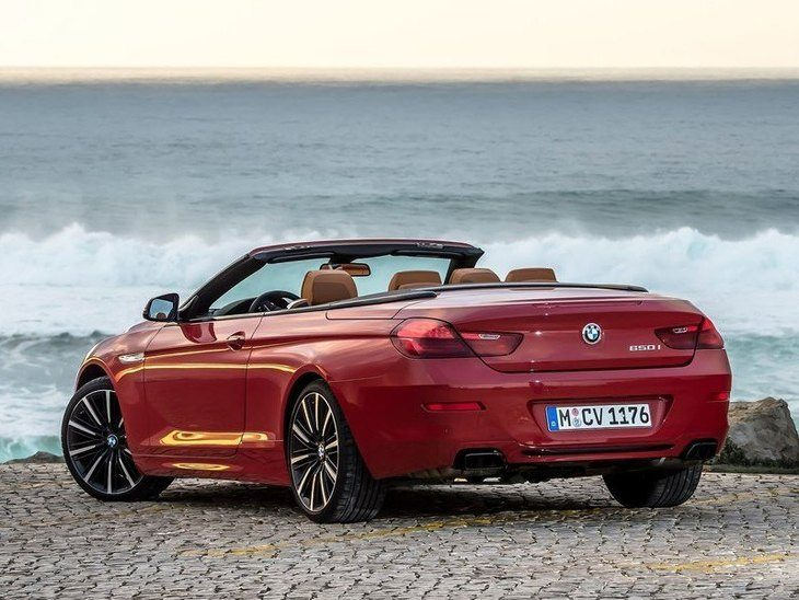 BMW 6 Series Convertible Red Exterior Back