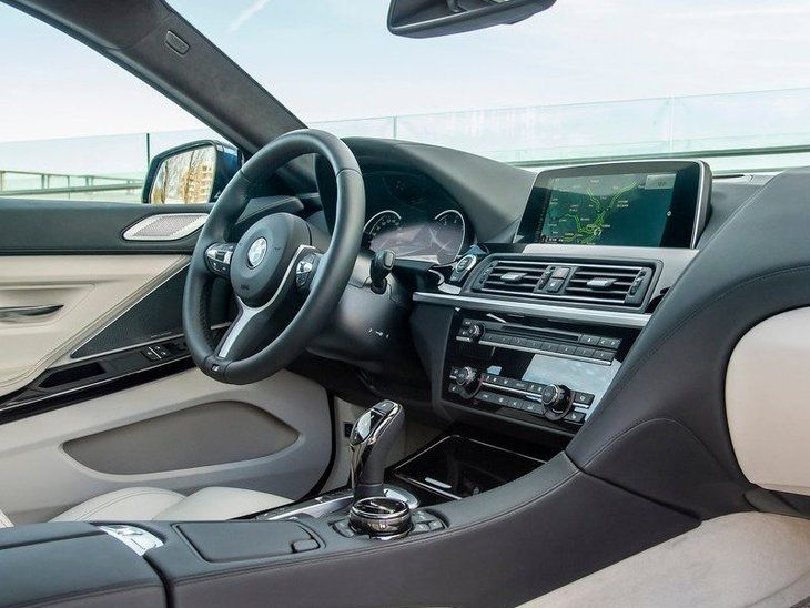 BMW 6 Series Coupe Interior Front 2