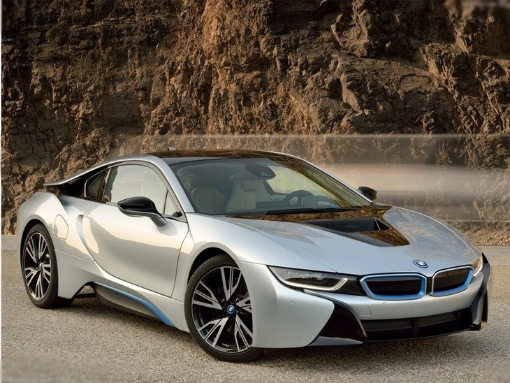 BMW i8 Silver Exterior Front 2