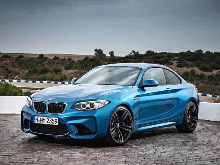 BMW M2 Coupe Exterior Blue Front