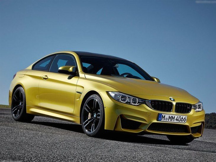 BMW M4 Coupe Green Exterior Front