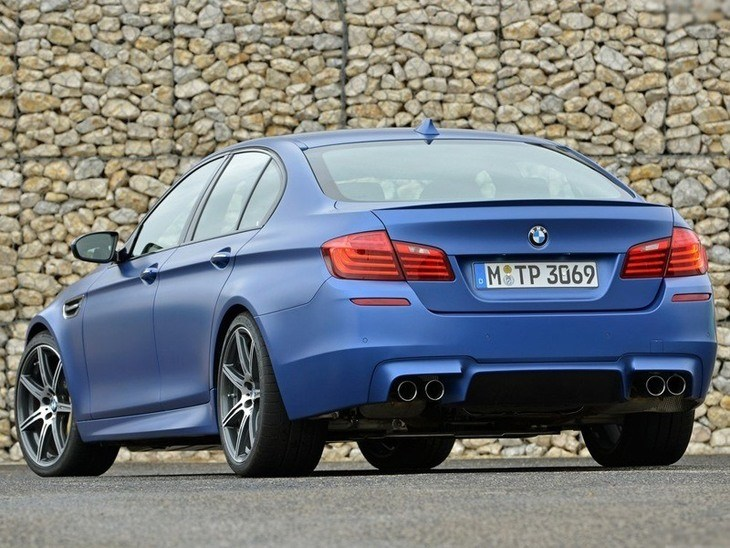 BMW M5 Saloon Blue Back