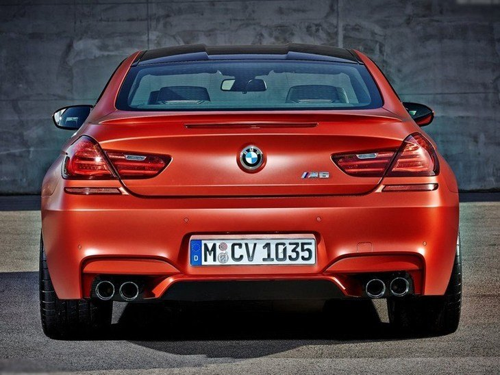 BMW M6 Coupe Red Exterior Back 2