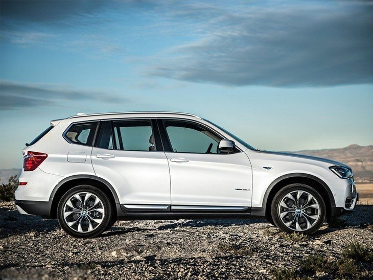 BMW x3 White Exterior Side