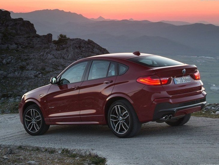 BMWX4 Red Exterior Back
