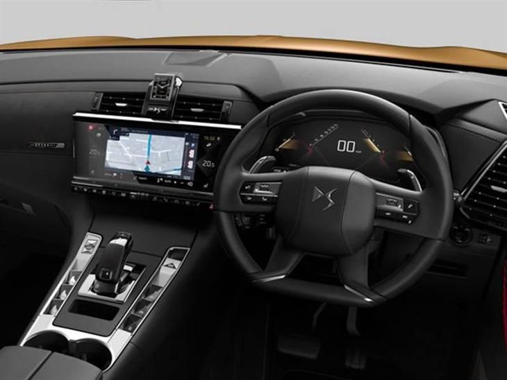 ds ds7 crossback 2 0 bluehdi ultra prestige eat8 car. Black Bedroom Furniture Sets. Home Design Ideas