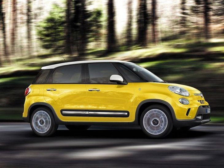 Fiat 500 L Yellow Exterior Side