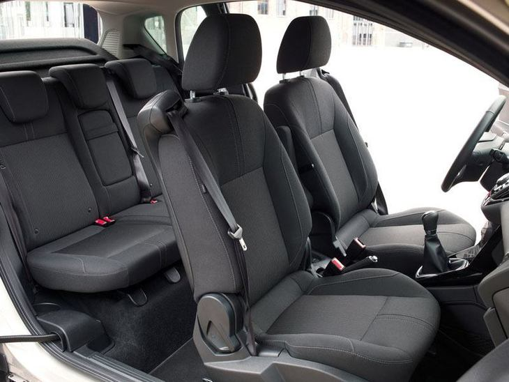 Ford B-MAX Black Interior2