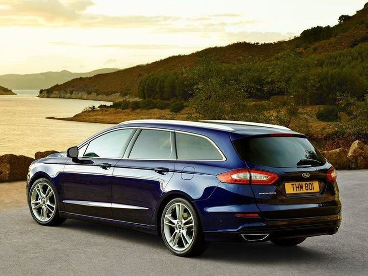 Ford Mondeo Estate Blue Exterior Back