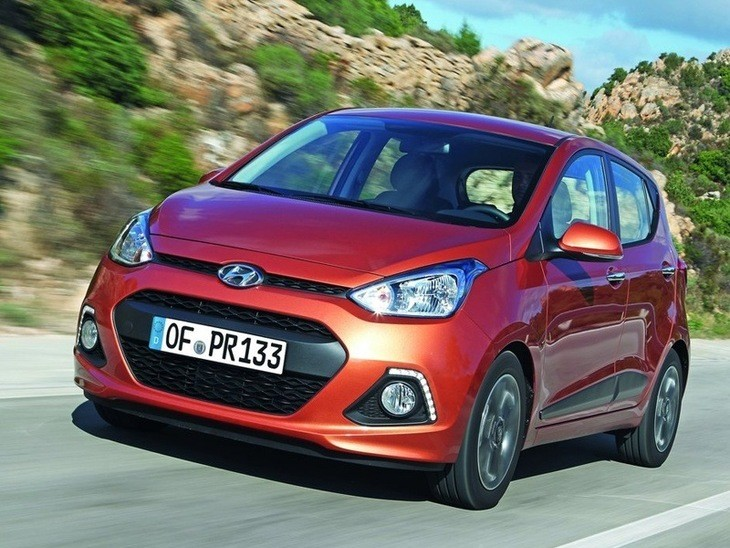 Hyundai i10 Orange Exterior Front