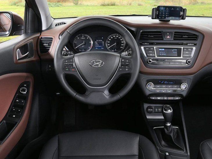 Hyundai i20 Black Interior