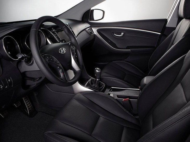 Hyundai i30 Black Interior