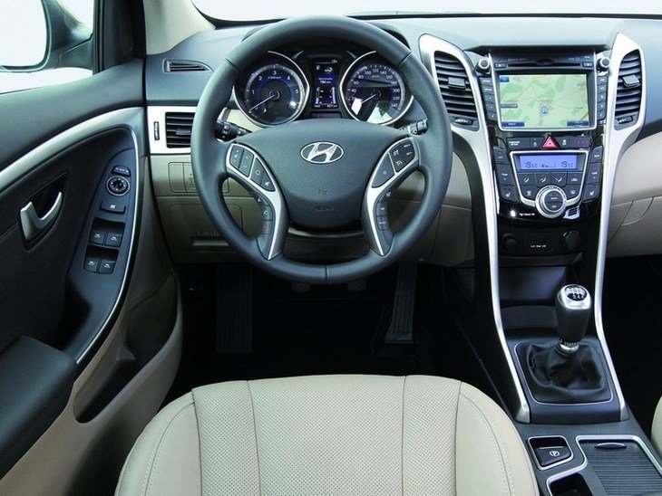 Hyundai i30 Tourer Black Interior